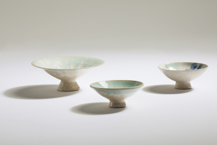 Small pedestal Dishes, Paul Tebble (9-14cm)